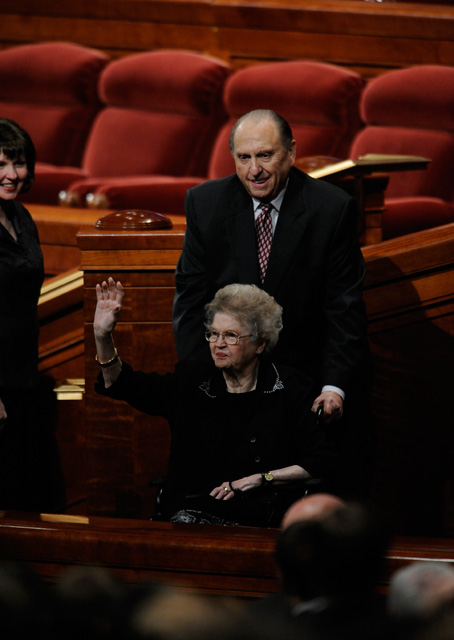 Mormon President Thomas Monson and his Wife